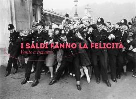 It's sales time in Roma Termini!