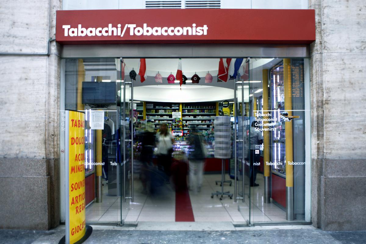 Tobacconist Labor