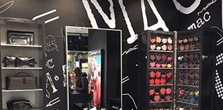 MAC Cosmetics opens in Napoli Centrale!