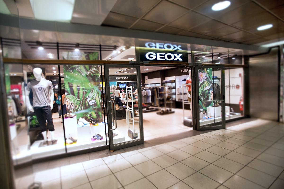 Großhandelspreis 60% günstig neueste Kollektion Geox - Underground Floor | Roma Termini